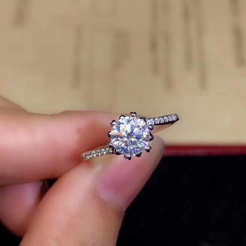 Anillo de Moissanite de moda para mujer de oficina 1ct Real VVS grado Moissanite 925 anillo de plata joyería de Moissanite de plata