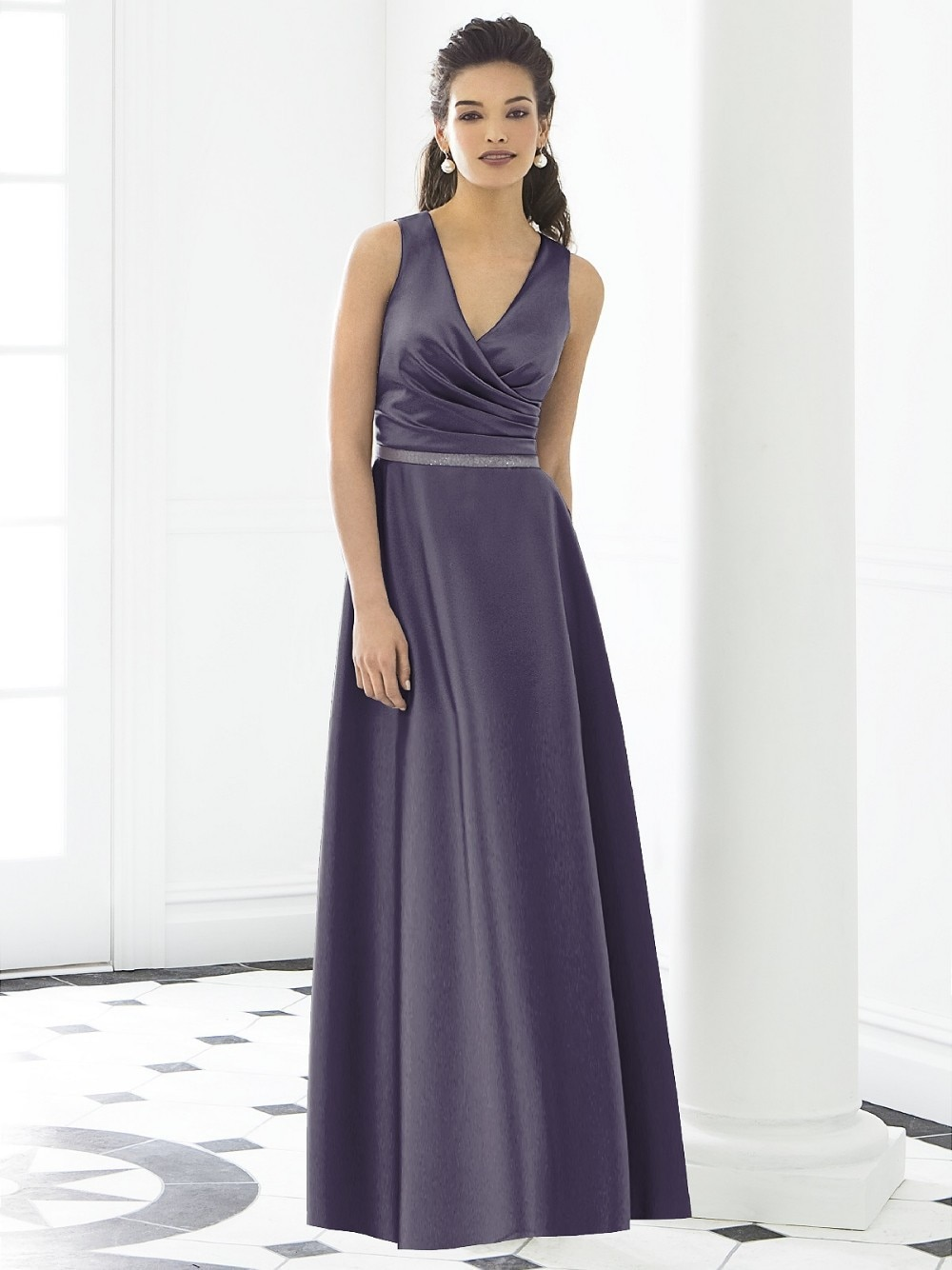 Exquisite New 2017 Floor-Length Bridesmaid Dresses V-neck Sleeveless Pleated Zipper back Prom Prom Gowns Satin Dress WE009