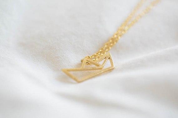 Модное ожерелье с подвеской в форме лодки