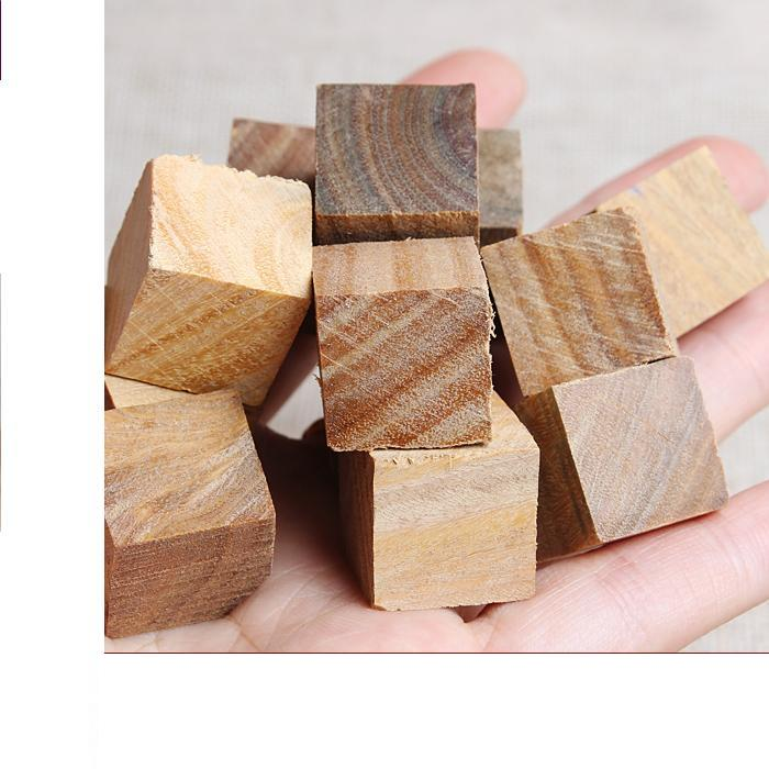 Фото - Natural green small pieces of wood about 2cm cubic wood green small pieces of wood wood and stone about