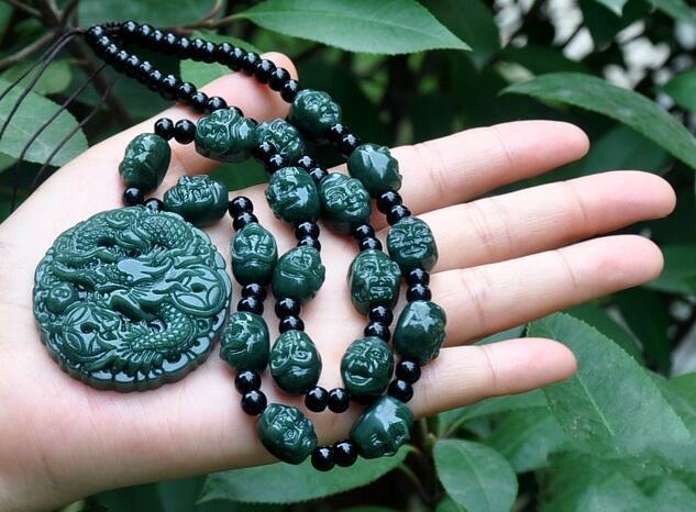 Charme artesanal escultura de Xinjiang hetian jade pingente de dragão do zodíaco colar de pérola 18 arhats jogo do dragão