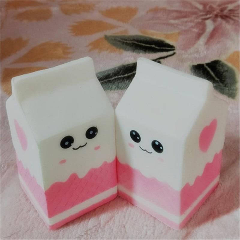 Kawaii dibujos animados blando y estrujable Charms Milk box Toy Slow Rising para niños adultos alivia la ansiedad del estrés divertido juguete para regalo