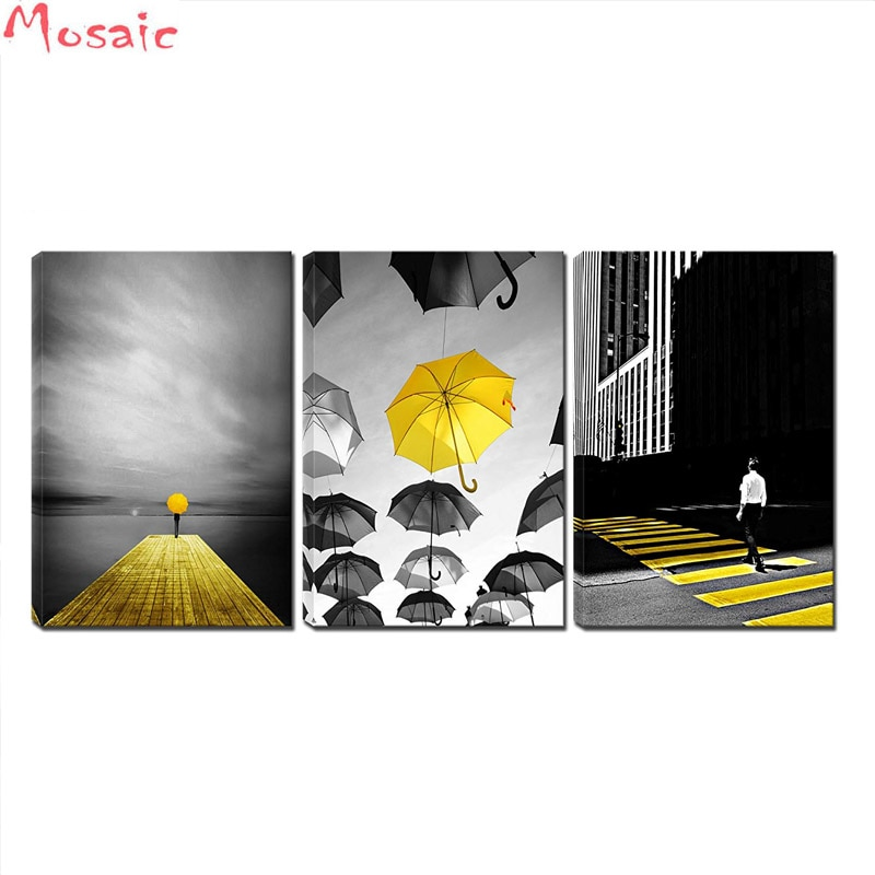 diy diamond painting 3 Pcs Black and White Yellow Umbrella Cityscape Man Walking on Yellow Zebra Crossing diamond embroidery