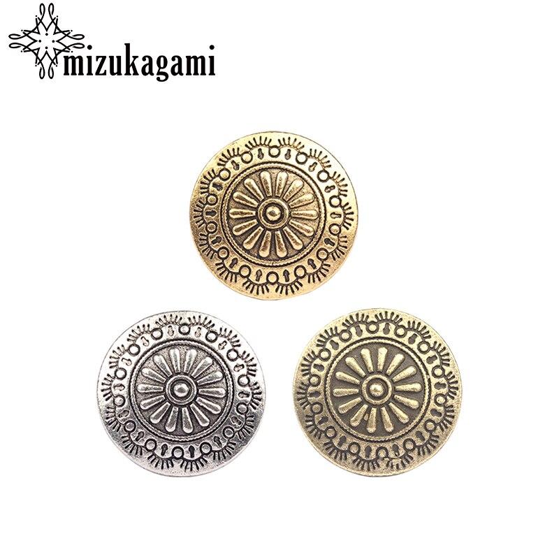 3 pçs/lote 30MM Retro Liga de Zinco de Ouro Rodada Bronze Daisy CONCHO Decorativos Botões Encantos Pingentes Para DIY Acessórios
