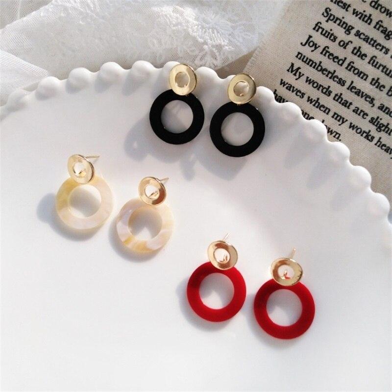 2019 Korean fashion geometric metal round acrylic earrings sweet red white black circle resin earrings women femal jewelry gift