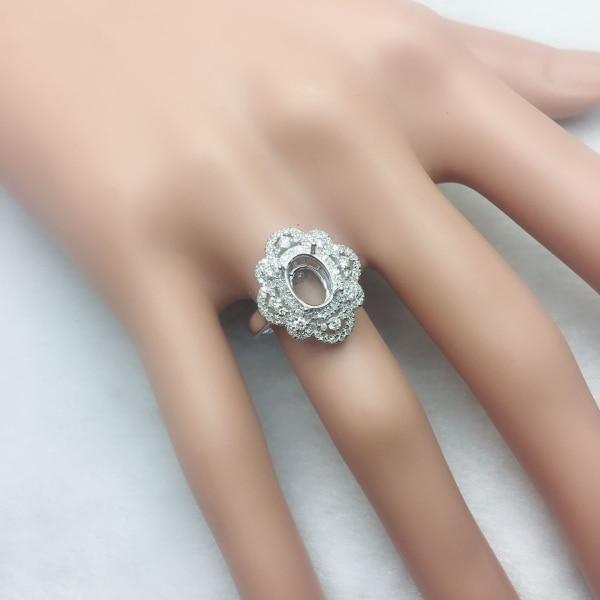 خاتم خطوبة من الذهب الأبيض عيار 14 قيراطًا ، بيضاوية ، 6 × 8 مم ، ألماس طبيعي