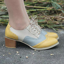 Nouvelle couleur correspondant à la main chaussures Brock sculpté en cuir véritable chaussures pour femmes jaune gris talon épais en cuir chaussures taille 33-43