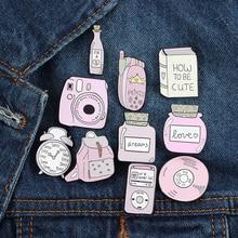 Linda mochila Cámara CD libro esmalte pin broche serie Rosa vestido solapa insignia chica mochila joyería regalo para niños