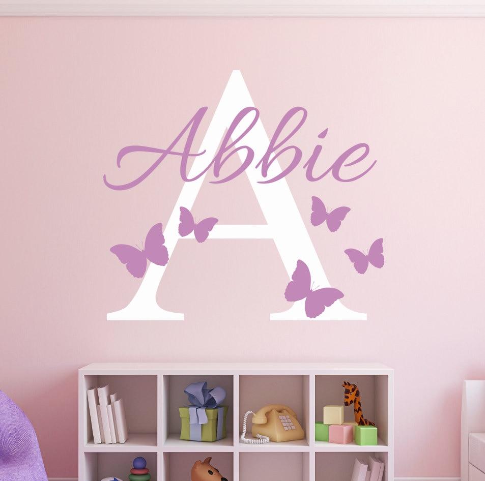 Пользовательское имя начальные бабочки наклейки на стену девочки имя Персонализированная наклейка-Декор детской комнаты виниловый художе...