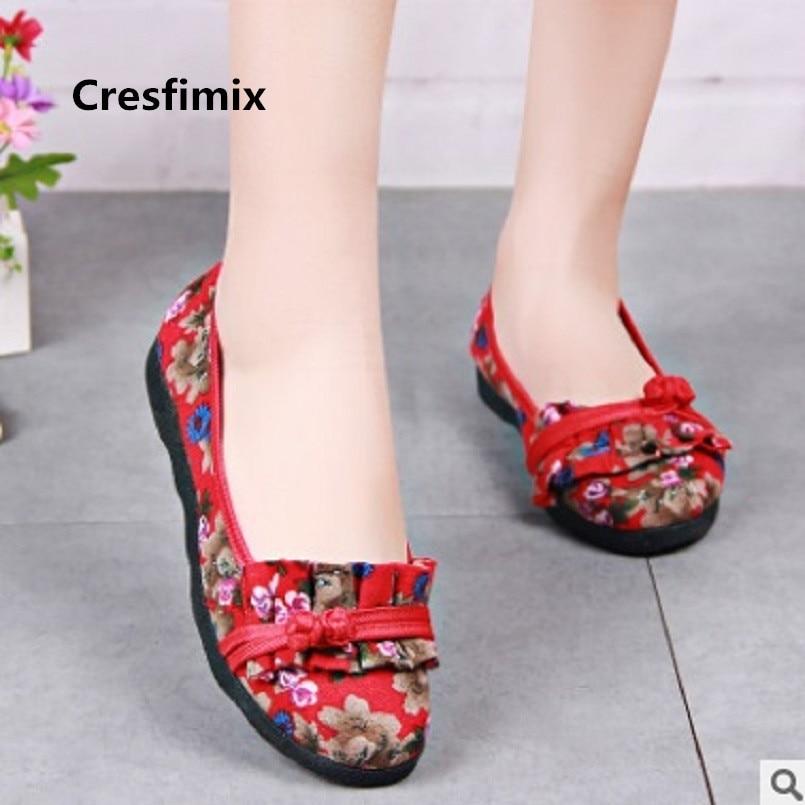 Cresfimix vrouwen platte schoenen women classic red floral slip on flat shoes lady retro dance shoes