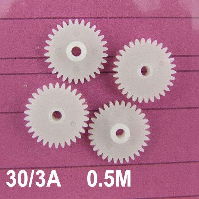 Venta al por mayor de la fábrica (100 unids/lote) engranaje de una sola capa del eje principal 303A 0,5 M 30 dientes para el engranaje de plástico de los coches de juguete de ajuste apretado del eje de 3mm