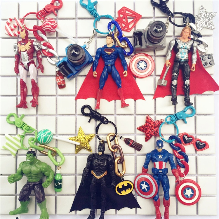 USA Marvel DC superhéroe llavero Iron Man Capitán América Thor Hulk Superman Batman figuras de acción llaveros muñecas llavero anillo