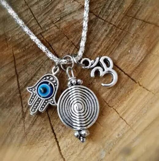 Collar de plata Vintage Om Ohm con espiral, colgante de mano con ojo, colgante amuleto, Collar de declaración, Gargantilla, cadena para mujeres, joyería 10 Uds Q1069