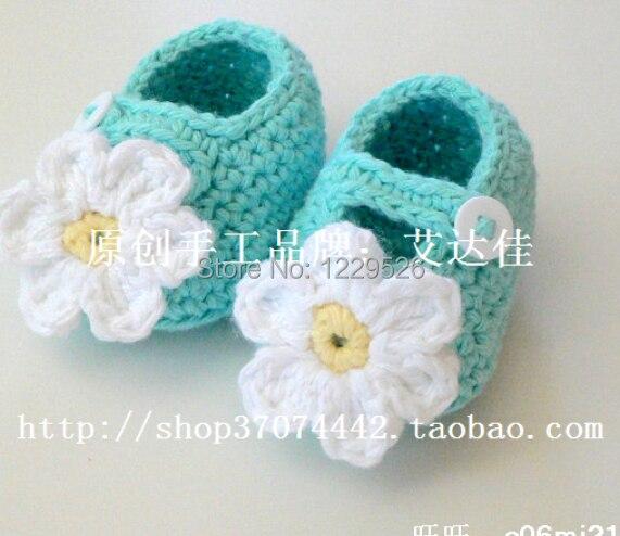 new model  autumn season Crochet Baby Booties   for girl
