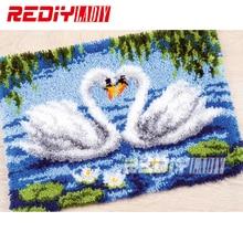 En vogue! Tapis avec loquet et crochets   Kits de broderies, tapis à crocheté inachevé, tapis à fils, coussin, amoureux de cygne, tapis brodé, tapis de décoration de maison