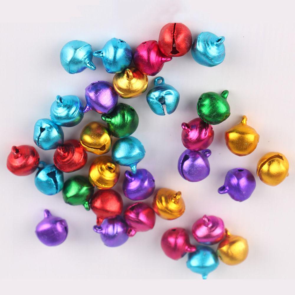 Verkauf 6 MM 100 pcs/lot Lose Perlen Kleine Jingle Bells Weihnachten Dekoration Geschenk Freies Verschiffen Bunte/Mix farbe 2017 Neue Ankunft