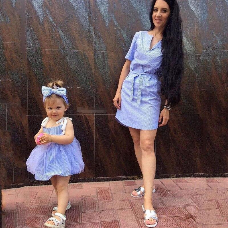 Recién familia a juego madre e hija vestido trajes mamá y me rayas ropa vestido Camisa de cuadros de niña