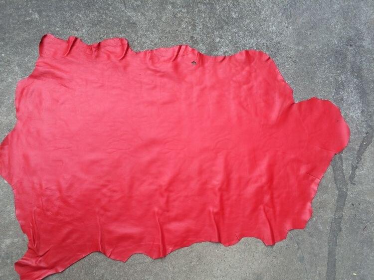 Piel de oveja auténtica roja material de cuero venta por pieza entera