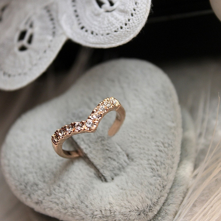 Новинка 2020, модные ювелирные изделия, кольцо V-образного типа с уникальным дизайном, кольцо с имитацией кристалла, ювелирные изделия, оптова...