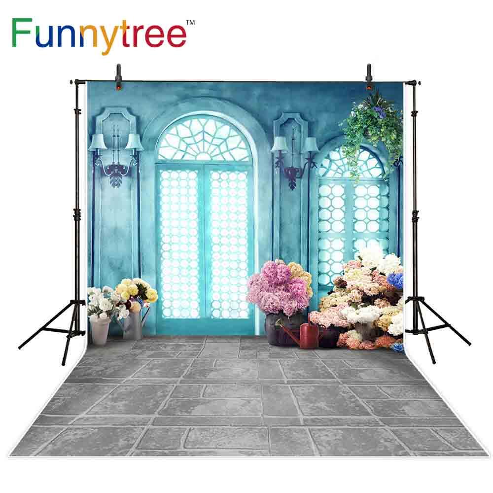 Fondos de árboles divertidos fotófono azul pared Interior vintage puerta arqueada flores suelo gris primavera sesión fotográfica Fondo fotófono