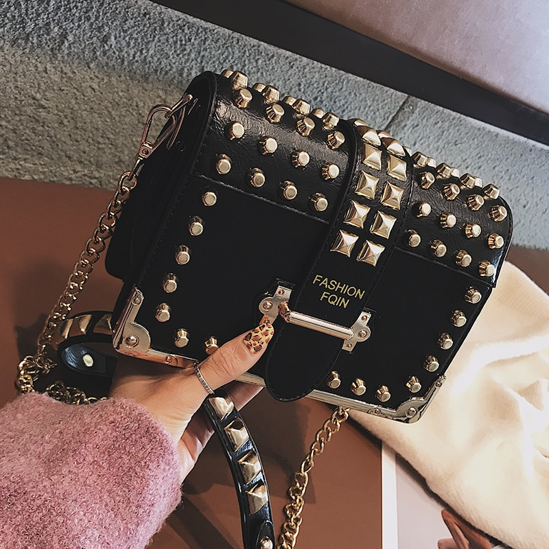 Luxury Brand Vintage Rivet bag 2020 Fashion New High Quality PU Leather Women's Designer Handbag Chain Shoulder Messenger bag