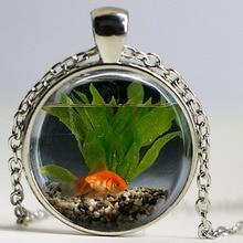 Fashion Charm Goldfish Aquarium Round Pendant Necklace, Men's and Women's glass Pendant Necklace(not real fish)