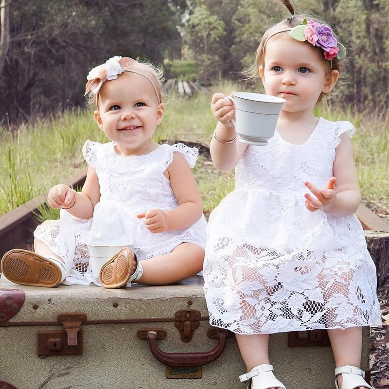 Recién llegado Babygirl ropa de moda de verano de encaje blanco sin espalda mono sin mangas 65-90cm de altura Vestido de estilo para niñas