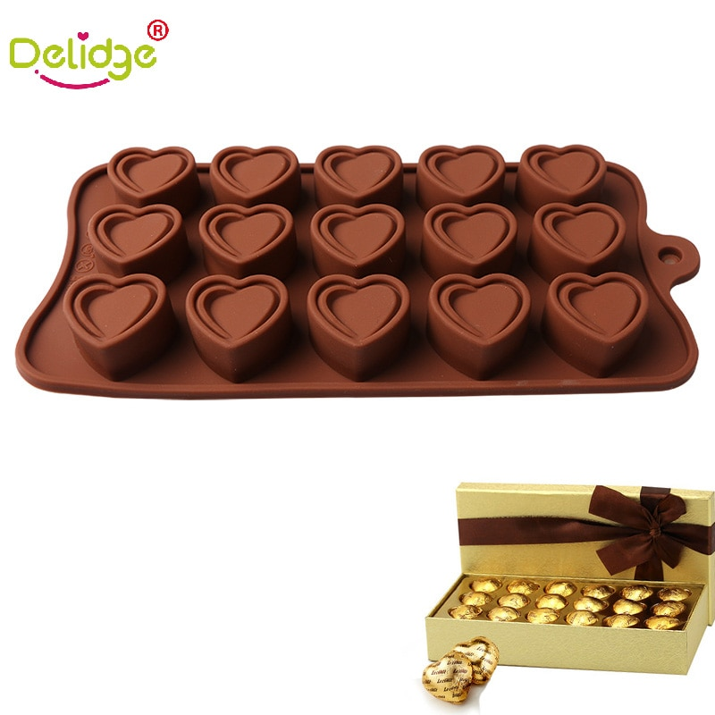 55 Holes Love Heart Shaped Silicone Chocolate Cake Mold Kitchen Baking Tool 1PCS