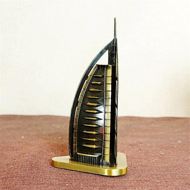 Edificio conocido arquitectura Dubai Burj Al árabe Hotel Metal modelo en miniatura TIENDA DE CASA MESA juguetes de decoración para niños regalos Souvenir