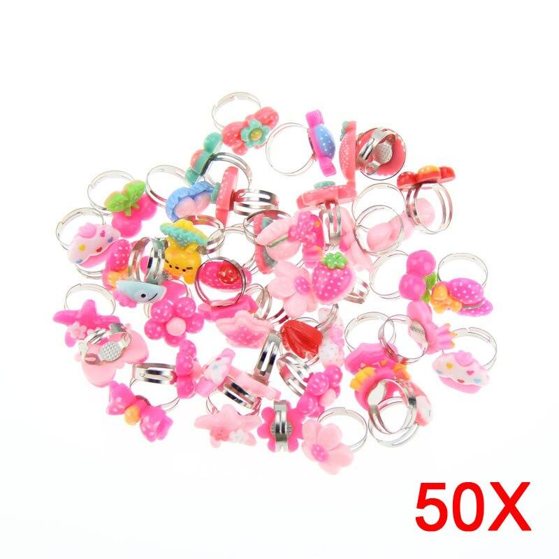50 Uds. Lotes de anillos metálicos mixtos para niños, niñas, dibujos animados, animales, flores, fruta, anillos para dedos, 8 KQS