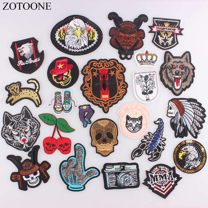 ZOTOONE 1PC Indian Skull Punk Military Patches Embroidered Iron on Patches for Clothing DIY Clothes Sequin Stickers Appliques C