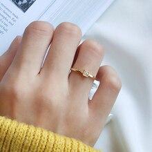 925 argent Sterling Base or minuscule CZ blanc cristal empilage Solitaire anneau avril pierre de naissance Minimal anneau délicat cadeau de la mère