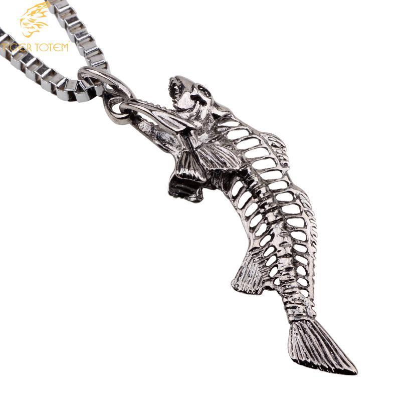 Titanium necklaces Cretaceous ancient fish skull bonependants 57cm long box chain Colares Free drop shipping Men Fashion Jewelry