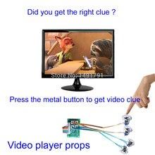 Kamer escape Takagism game Echte Kamer escape prop video speler druk metalen knop krijgen video clues vinden puzzel via video aanwijzingen