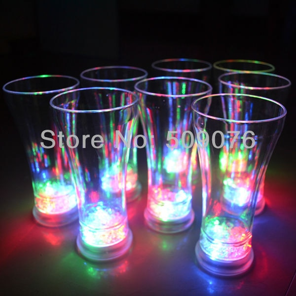 Freies verschiffen 24 teile/los 19 UNZEN 3 modus led kunststoff tasse led bier becher trinken ware LED Blinkende Gläser LED leuchtende Tasse