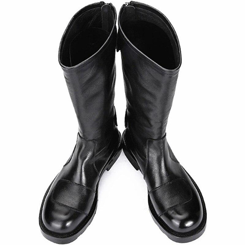 حذاء بوت أسود بكعب منخفض على الطراز الغربي مع سحاب وأبازيم مزدوجة وأصابع مستديرة