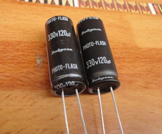 10 Uds bajo esr 330v 120uf condensador de flash para foto * 13,5*33,5mm