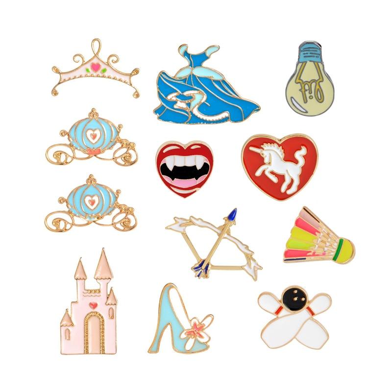 Cartoon Light Bulb Brooch Pin Bow Arrow Horse Bowling Badminton Castle Dress Pumpkin Cars Crown Red Lips Pins Badge Hats Jewelry
