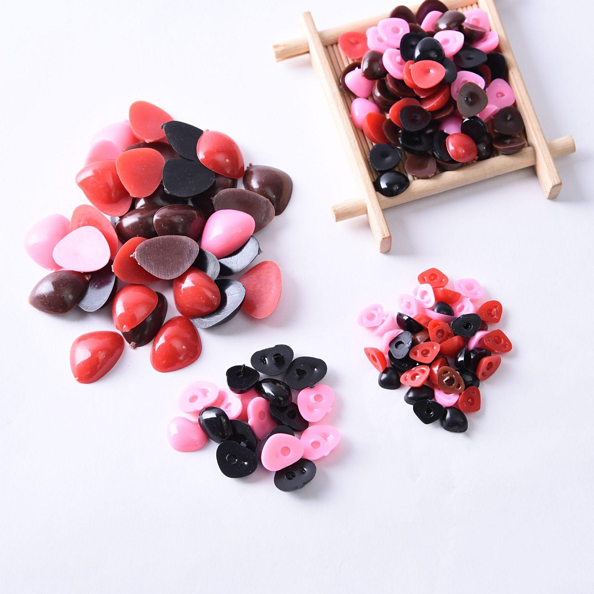 100pcs Liso Preto nariz Triângulo Nariz Nariz para Fazer Bonecos Brinquedos de Pelúcia Bonecas do Urso Da Boneca de Plástico Olhos Amigurumi Fazer acessórios