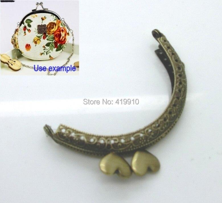 Gratis Shipping-3PC marco de Metal beso cierre arco para bolso cerradura manija DIY hecho a mano antiguo bronce corazón patrón 9x5,5 cm J2600