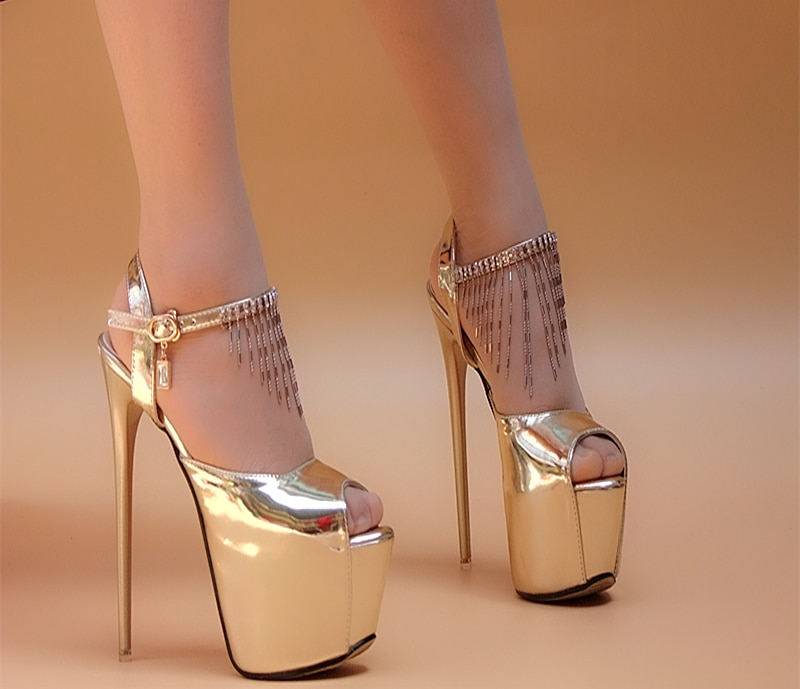 Nova marca feminina sandálias de salto alto sapatos plataforma sexy ouro e prata princesa peep toe borla bombas para mulher mais tamanho 36-42