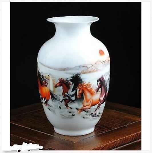 Florero de caballo pintado a mano de porcelana de familia china delicado NOBLE