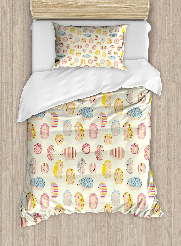 Juego de funda de edredón de erizo con personajes de bebé sonriente con estampado Floral punteado y rayas niños niño guardería 4 piezas Juego de ropa de cama