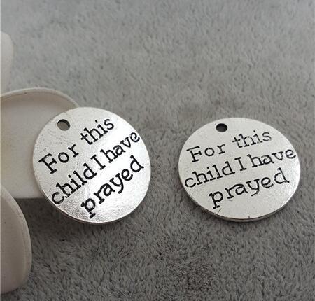 ¡Oferta! 10 unids/lote 25mm letra impresa para este niño He rezado encanto disco redondo mensaje encanto