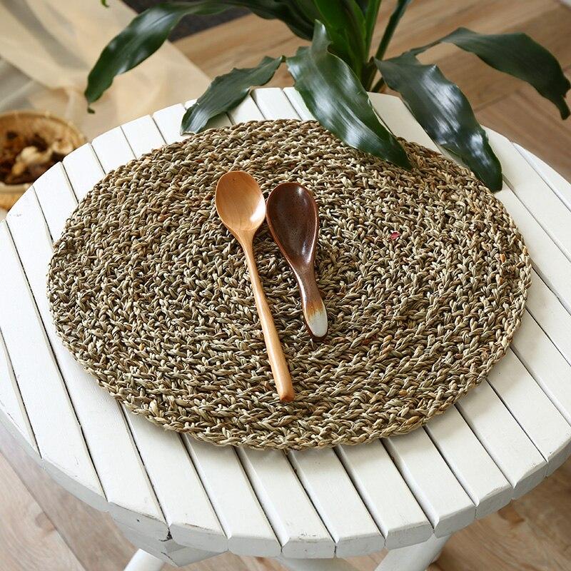 Mantel de mesa de paja Natural mantel tejido redondo posavasos hechos a mano Tablemat almohadillas de aislamiento térmico accesorios de mesa de comedor 37cm