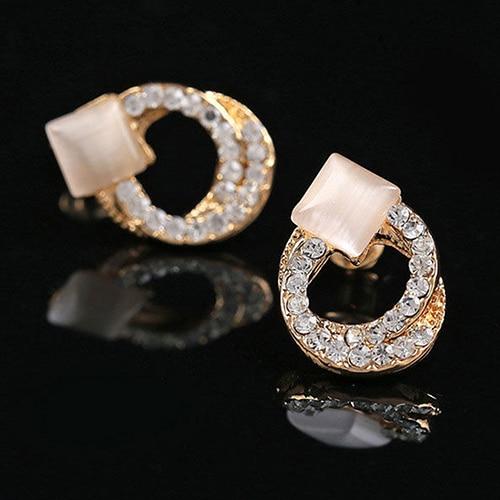 Hot sale! 1 Pair Fashion Women Lady Elegant Crystal Rhinestone Ear Stud Gold Tone Earrings AIWO