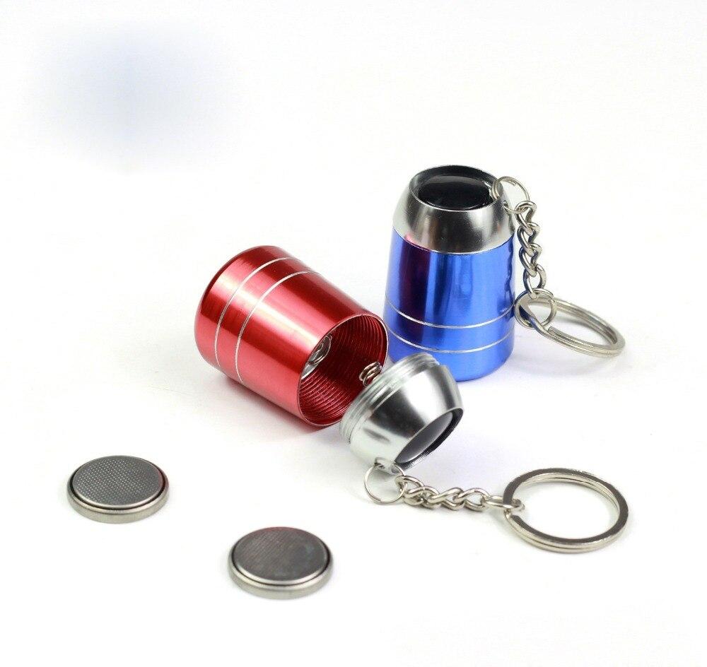 Led Keychain Mini Flashlight Metal Baking Key Chain(color random send) enlarge