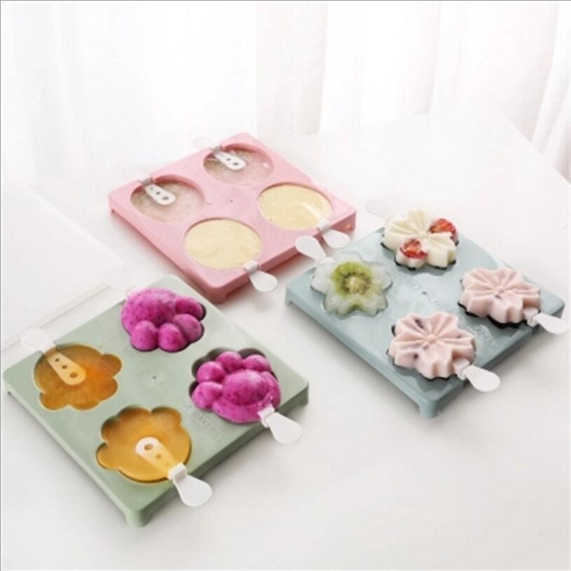 4-Hole Cat Claw Strawberry Sakura Cherry Flower Shape Popsicle Ice Cream Maker Molds Tray DIY Ice Cream Tool Random Color