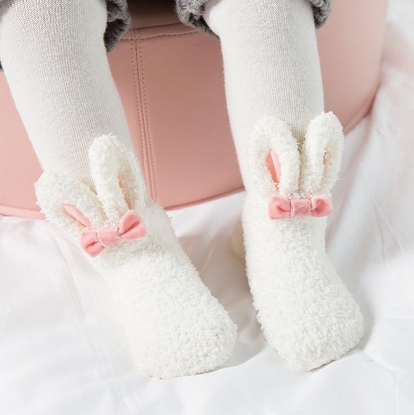 2018 invierno Coral polar Kawai bebé calcetines recién nacido suave conejo lindo bebé niña calcetines Zapatos Niños antideslizantes Calcetines