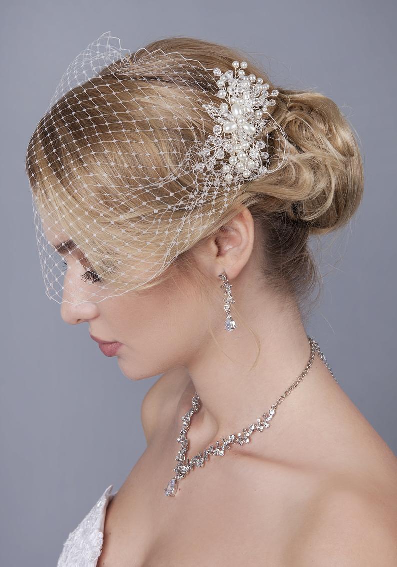 Velo de rejilla con tocado de novia Horquilla para boda peineta para novia perla de cristal, velo de novia pieza de cabeza joyería de pelo